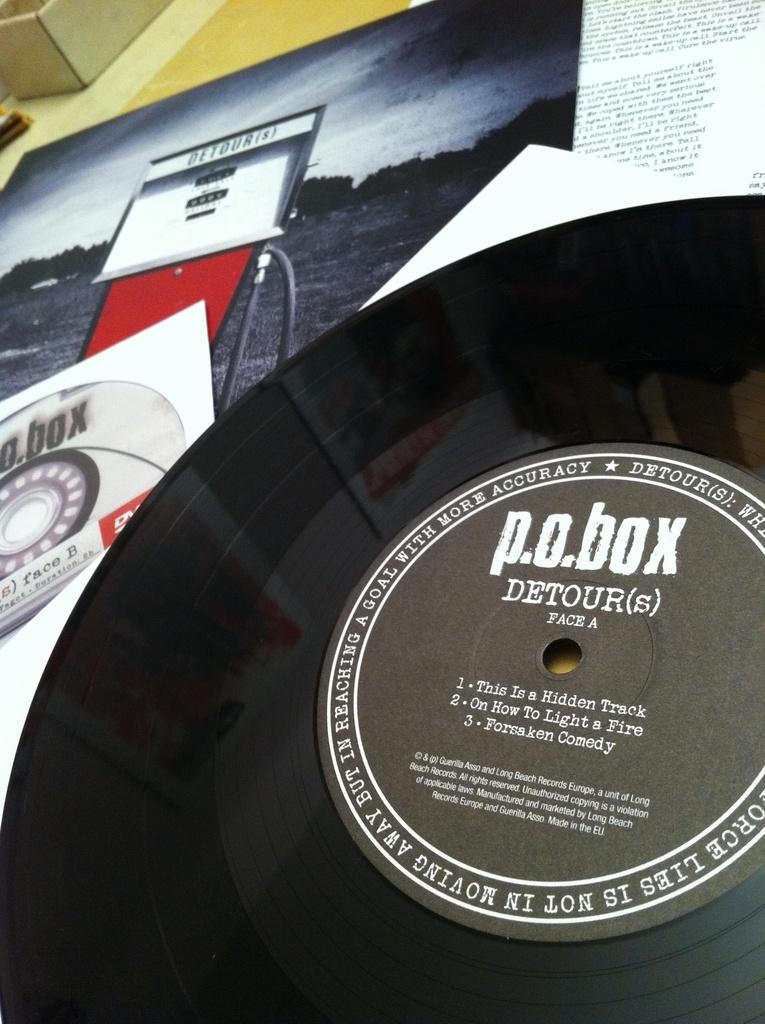 P.O.BOX - detour(s)  + DVD