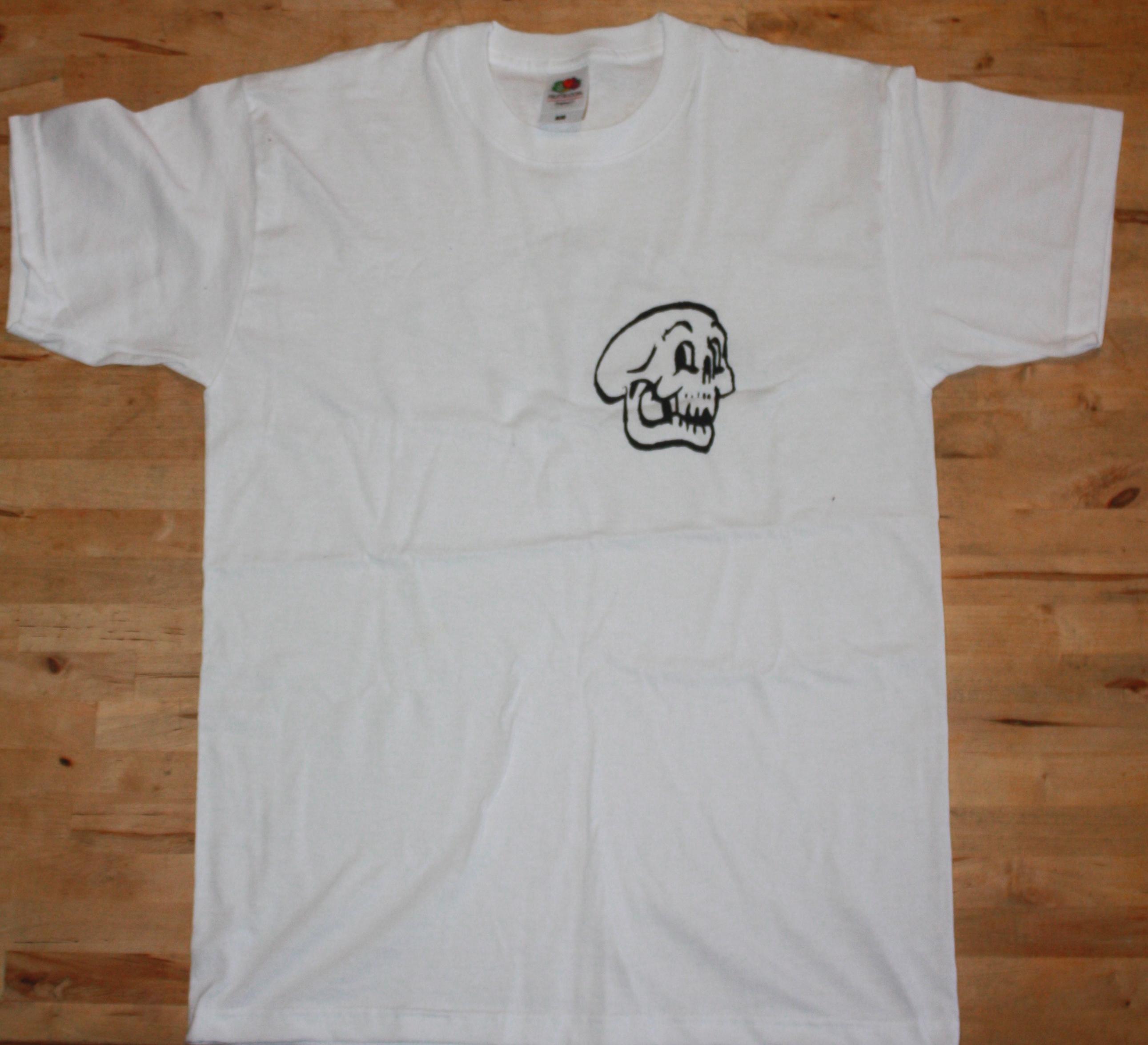 Skull / Leaf T-Shirt
