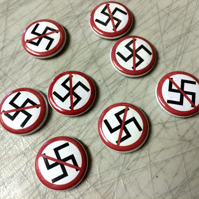 ANTI-NAZI Button