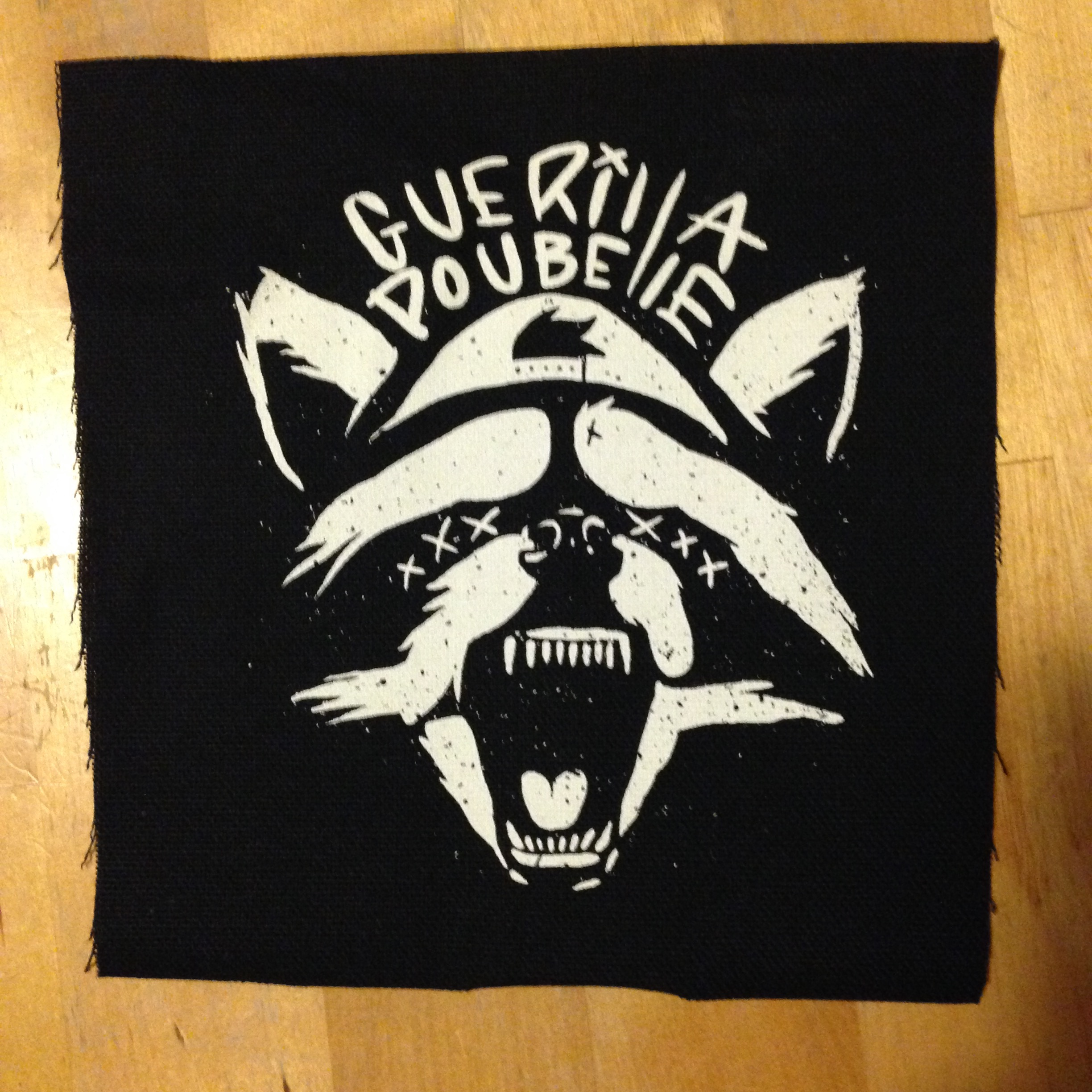 Guerilla Poubelle - patch raccoon