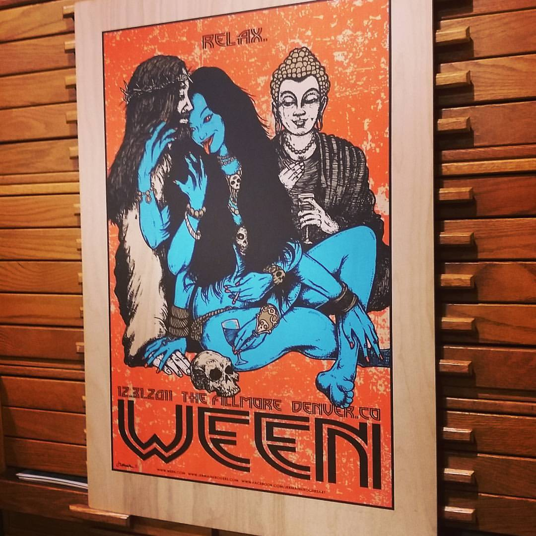 WEEN (12/31/11 @ The Fillmore) WOOD PANEL