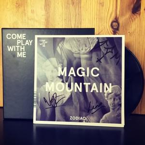 CPWM008 MAGIC MOUNTAIN 'Zodiac' / JON JONES AND THE BEATNIK MOVEMENT 'No Brainer'