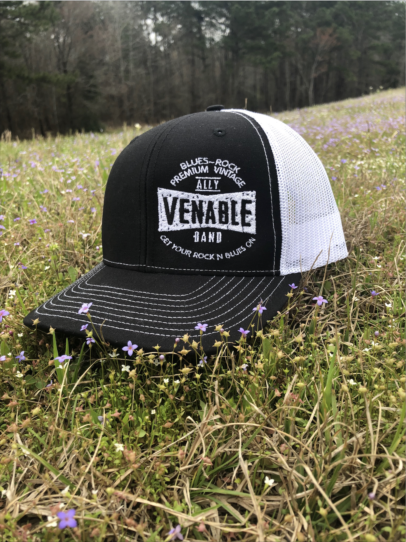 Premium-Vintage Black Hat