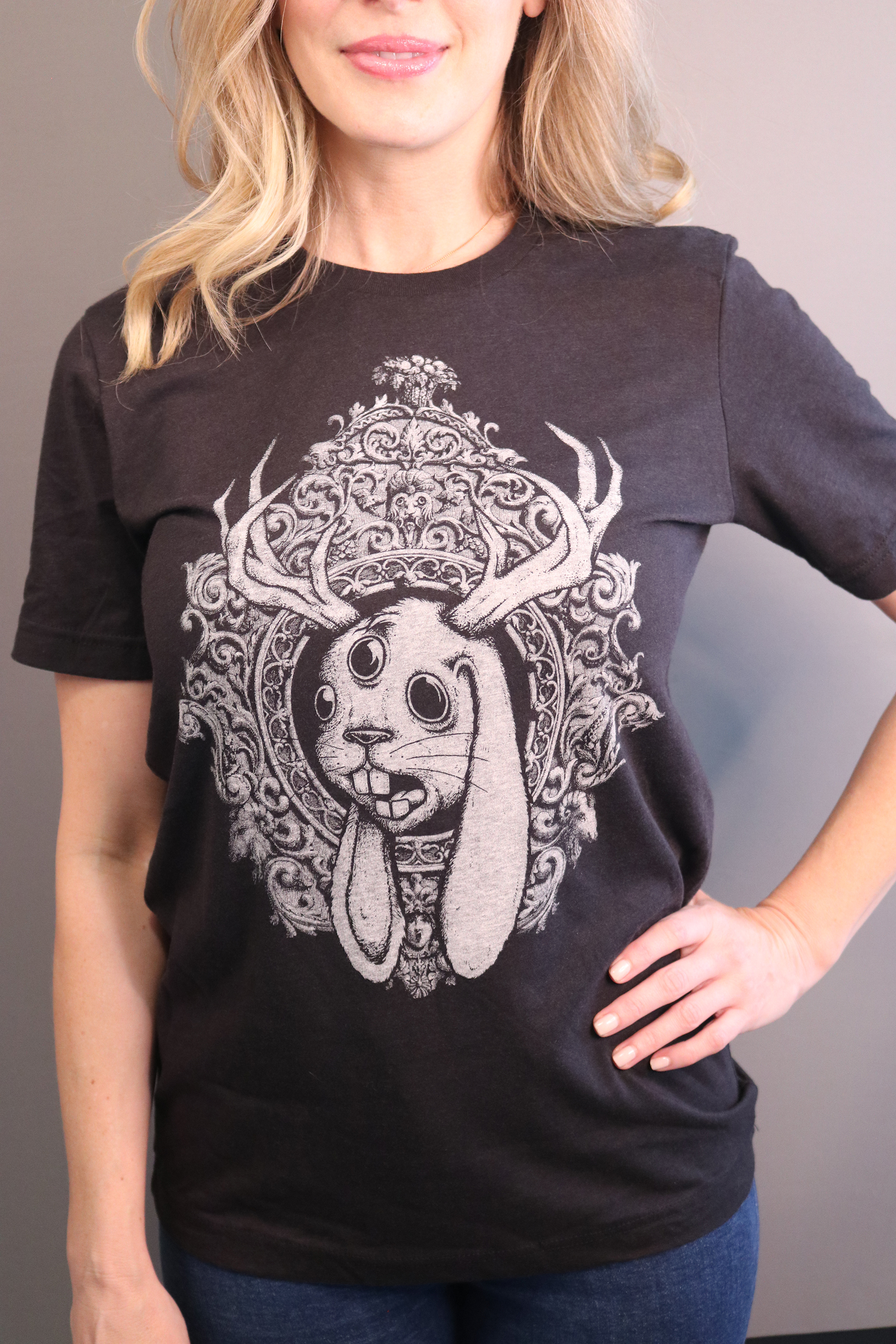 NEW - 'JACKALOPE' T-Shirt (distressed) Black/Navy Heather - UNISEX / ALL SIZES