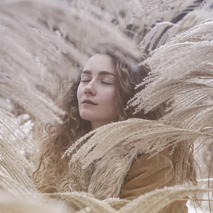Alexia Avina - Unearth